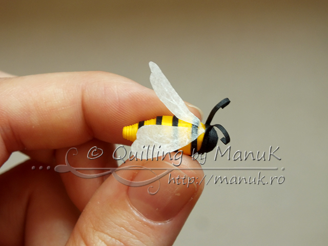 Quilled Bee