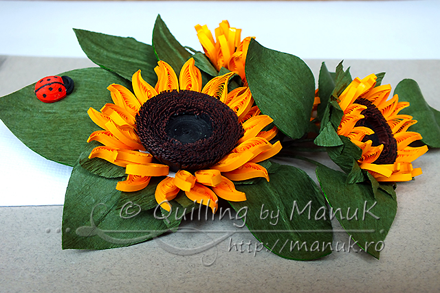 Quilled Sunflowers with Ladybug - Detail