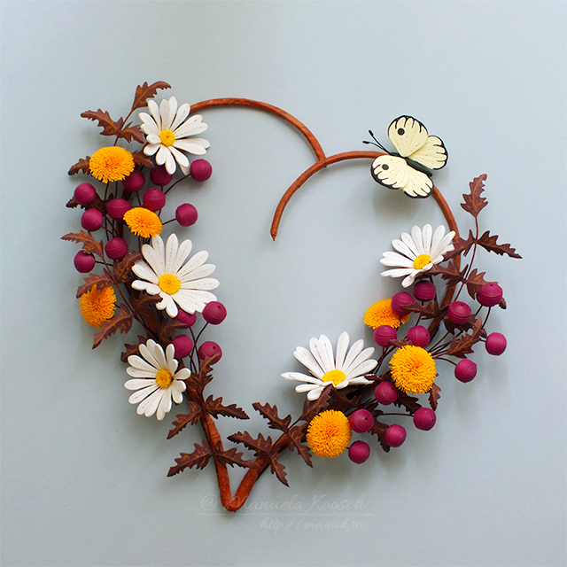Floral Heart Wall Decor - Daisies and Dandelions